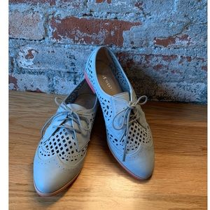 Nine West Grey Wingtip Ladies Shoes